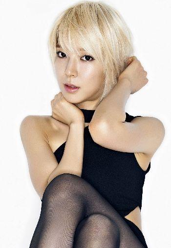 韩国女团AOA