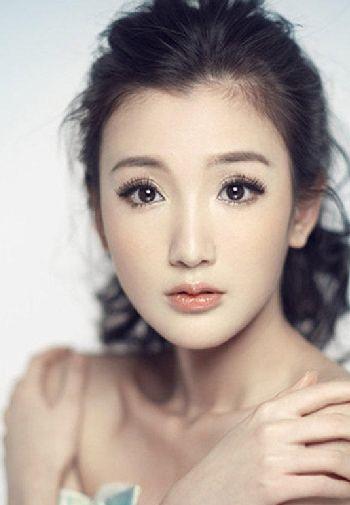 演员毛晓彤图片