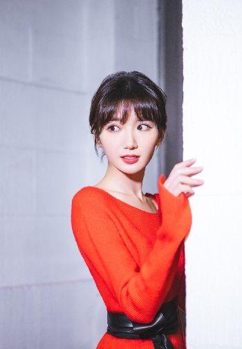 中国美女明星毛晓彤高清图片