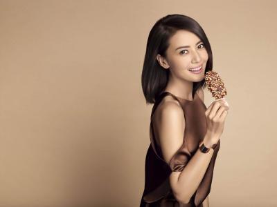 女神高圆圆冰淇淋广告电脑壁纸_高清桌面壁纸
